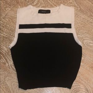 Forever 21 black white sleeveless crop top small